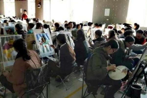 艺考美术都考些什么?美术艺考有哪些专业选择?