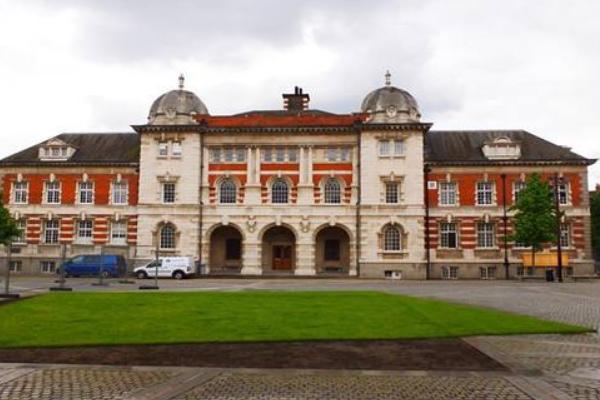 UAL伦敦艺术大学一年学费大概要多少钱?伦敦艺术大学申请条件