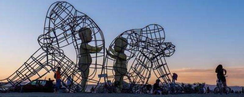 公共艺术设计特点