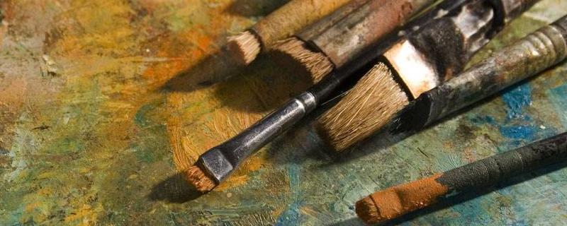 油画用什么笔
