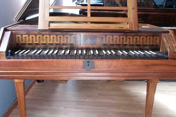 古钢琴是哪个时期的