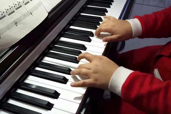 电钢琴能用多久